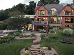 Дом находится в центральной части дизайна