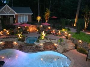 Точечное освещение частного двора