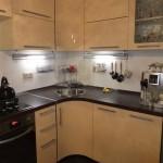 Удобная угловая кухонька
