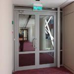 Огнезащитные двери — требования и особенности